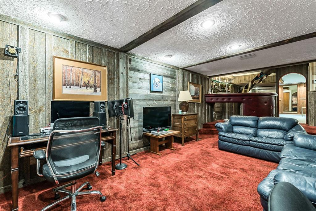 Listing A1079390 - Large Photo # 30
