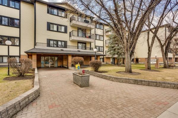 727 56 Avenue SW, Calgary