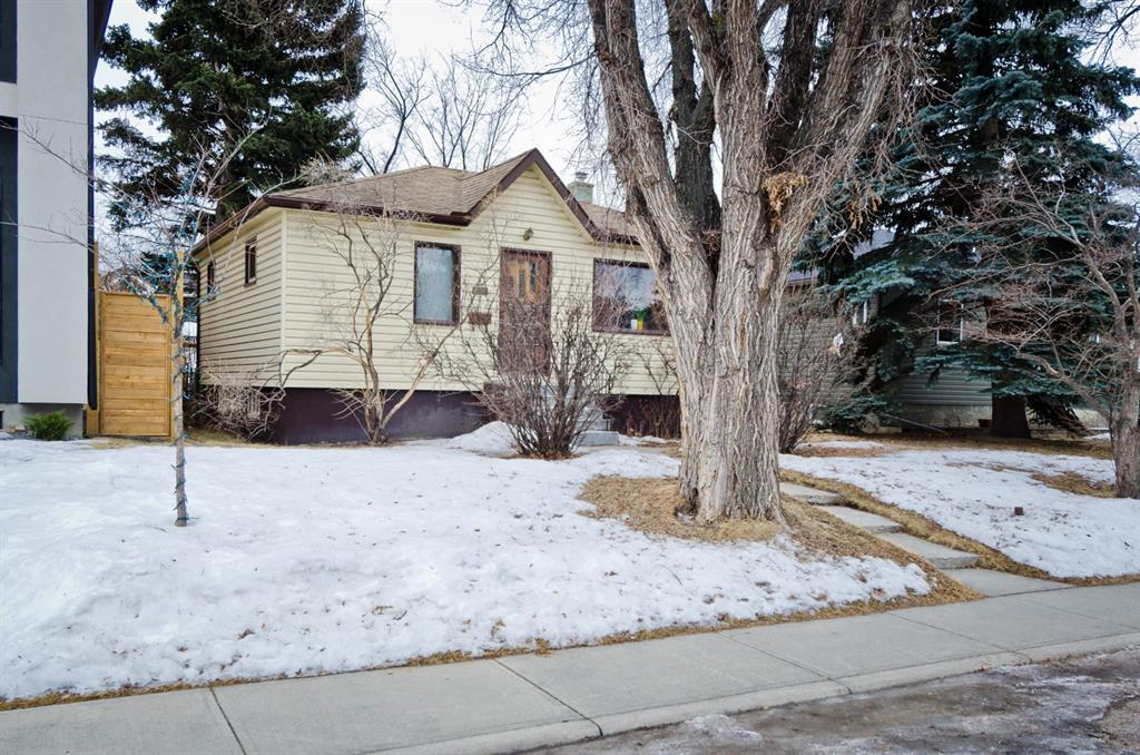 Listing A1079899 - Large Photo # 3