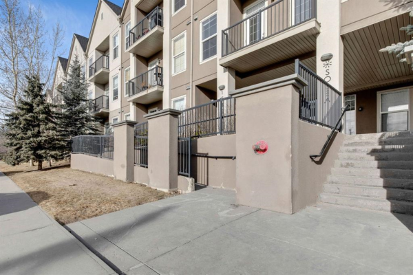 15304 Bannister Road, Calgary