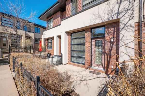305 ASPEN HILLS Villas SW, Calgary