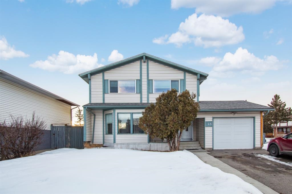 48 Whitefield Close NE, Calgary