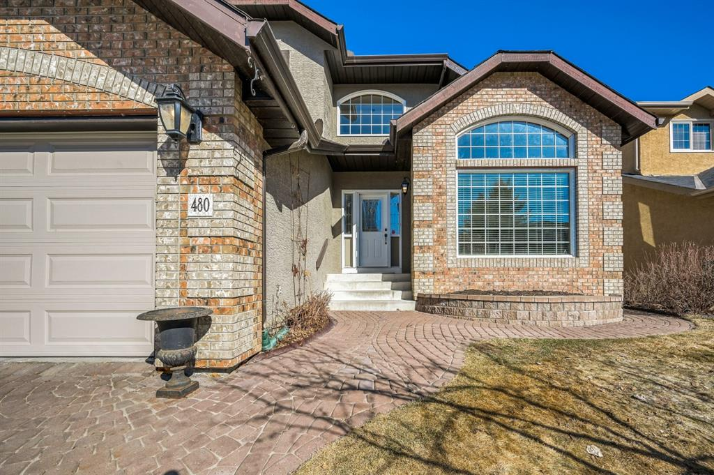 Listing A1081091 - Large Photo # 2
