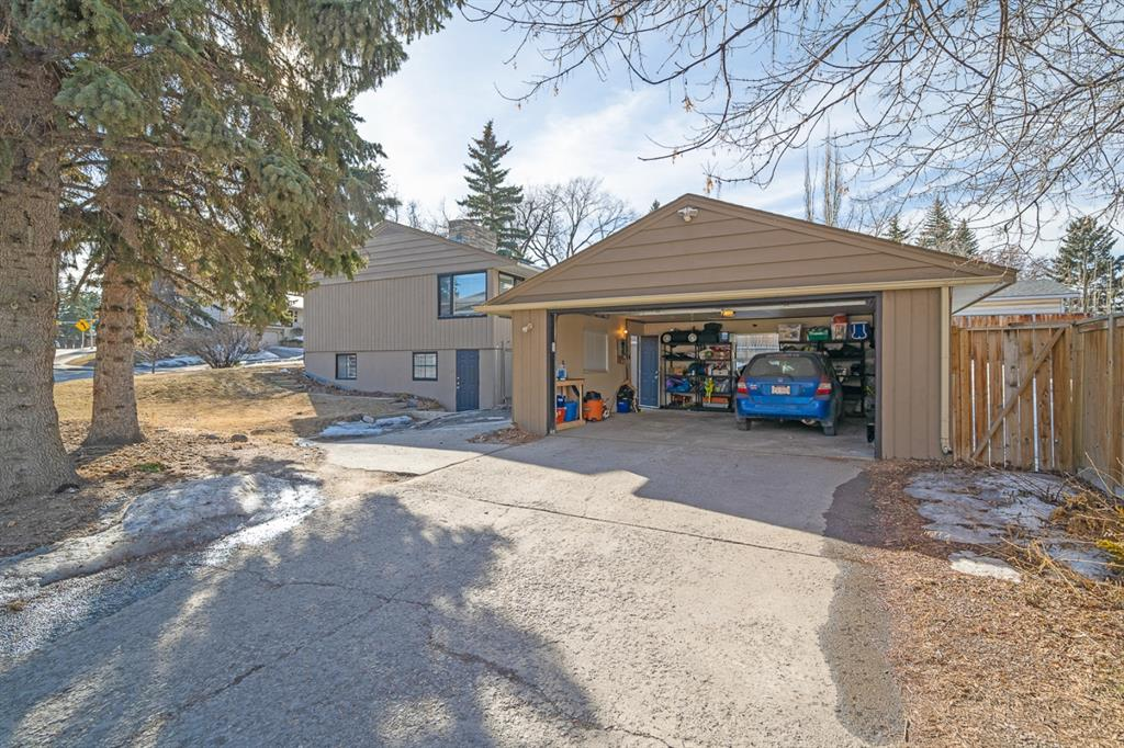 Listing A1081312 - Large Photo # 37
