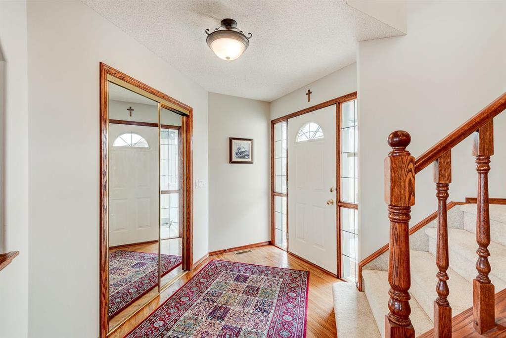Listing A1081670 - Large Photo # 12