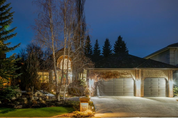 7 Candle Court SW, Calgary