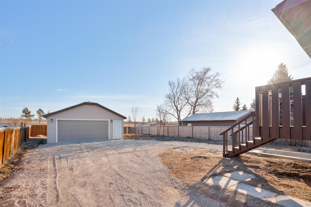Listing A1083168 - Large Photo # 4