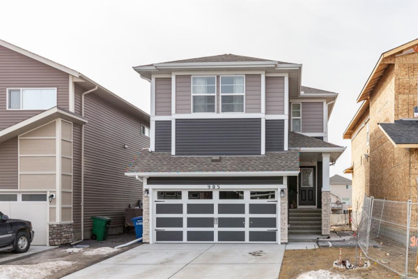 905 Midtown Avenue SW, Airdrie