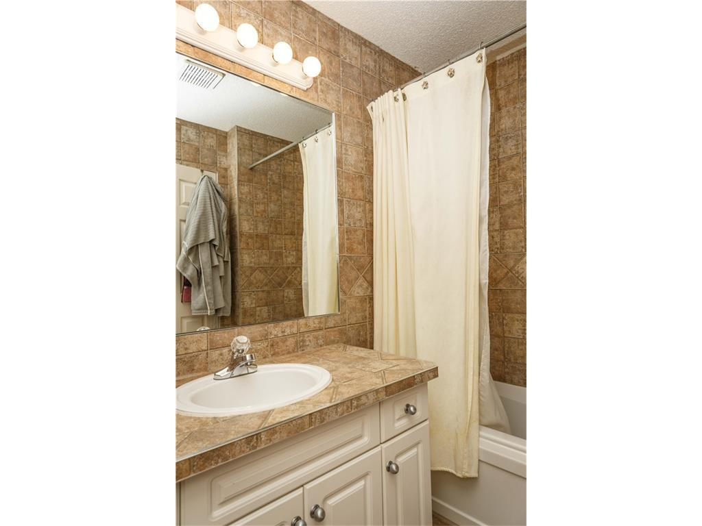 Listing A1083587 - Large Photo # 27