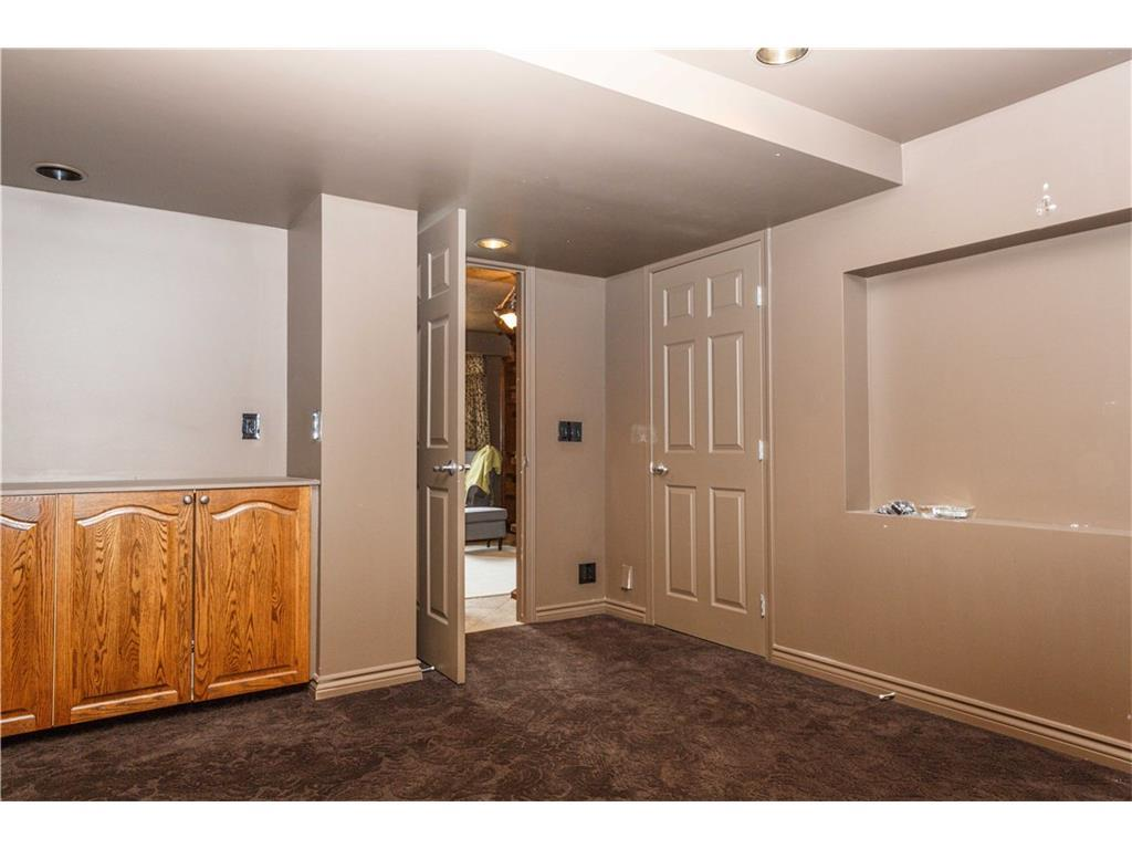 Listing A1083587 - Large Photo # 33
