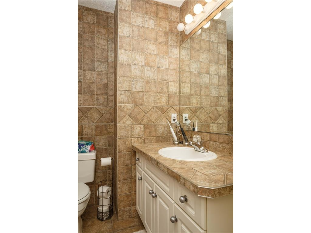 Listing A1083587 - Large Photo # 28