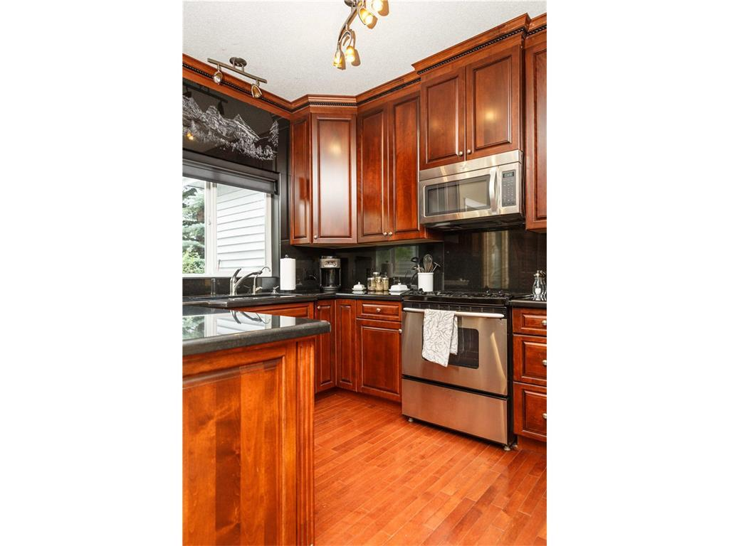 Listing A1083587 - Large Photo # 14