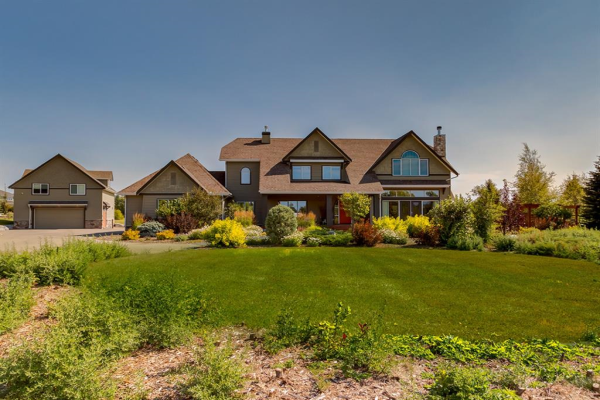 77 Sterling Springs Crescent, Rural Rocky View County