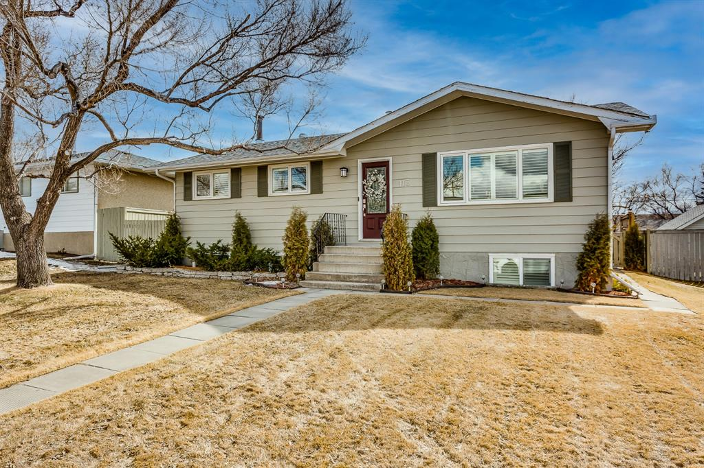 Listing A1084301 - Large Photo # 1