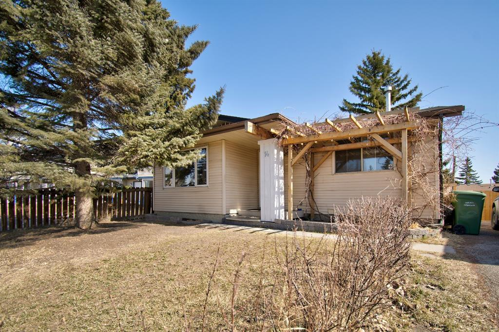 Listing A1085056 - Large Photo # 1