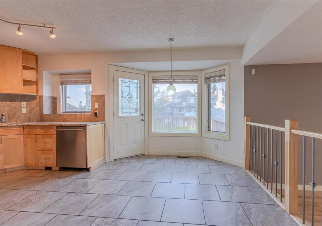 Listing A1085382 - Large Photo # 9