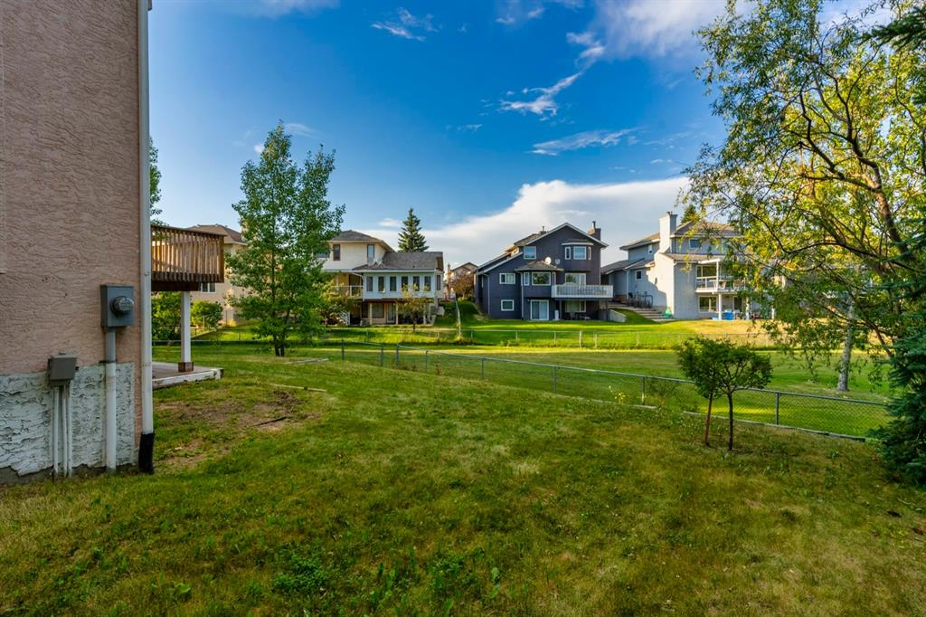 Listing A1085382 - Large Photo # 3