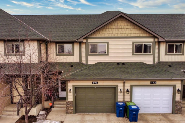 194 Bayside Point SW, Airdrie