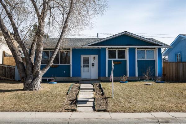 371 Penswood Way SE, Calgary