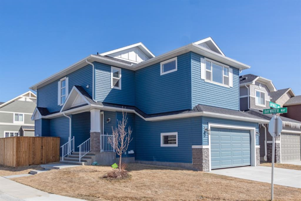 46 Baywater Lane SW, Airdrie