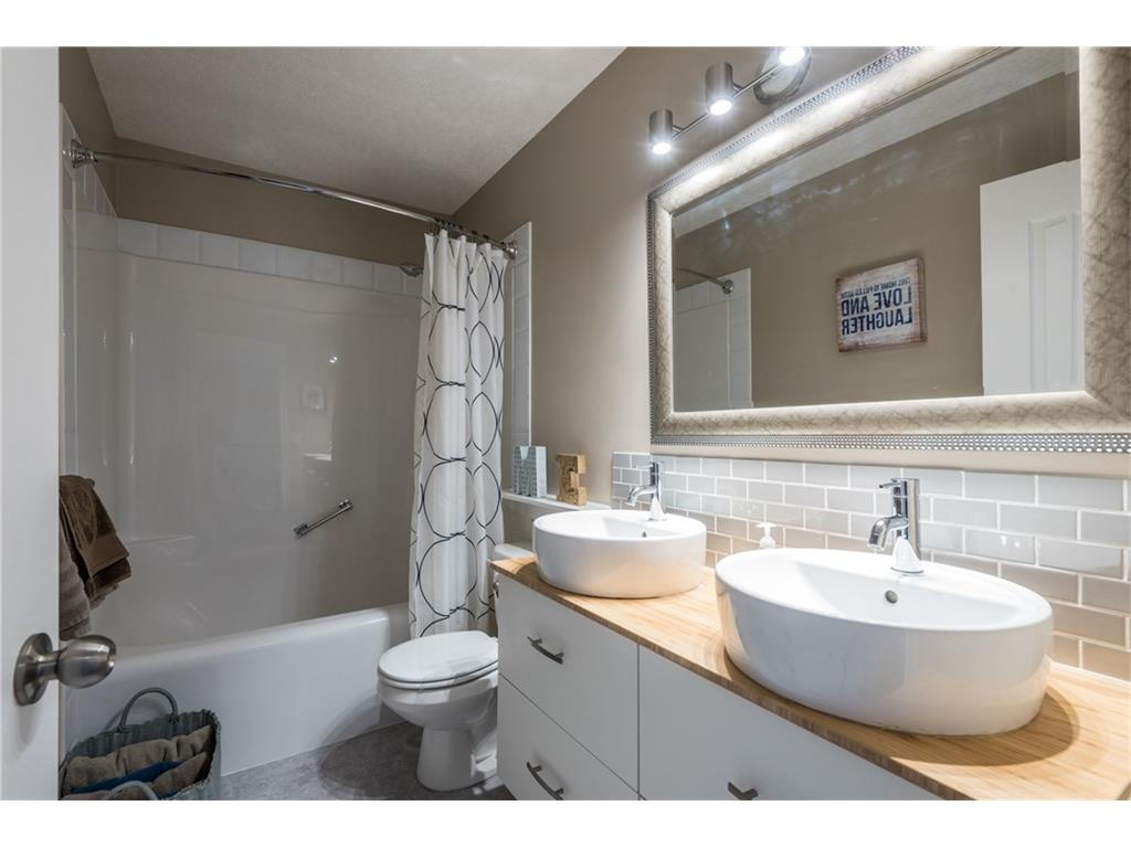 Listing A1088394 - Large Photo # 24