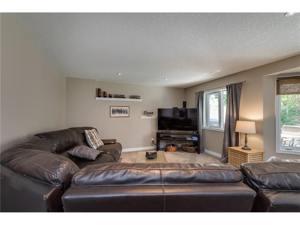 Listing A1088394 - Large Photo # 25