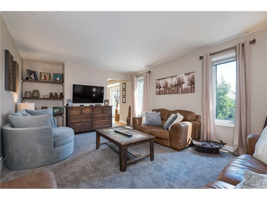 Listing A1088394 - Large Photo # 11