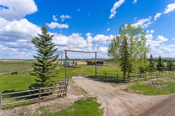 275004 Range Road 12, Rural Rocky View County
