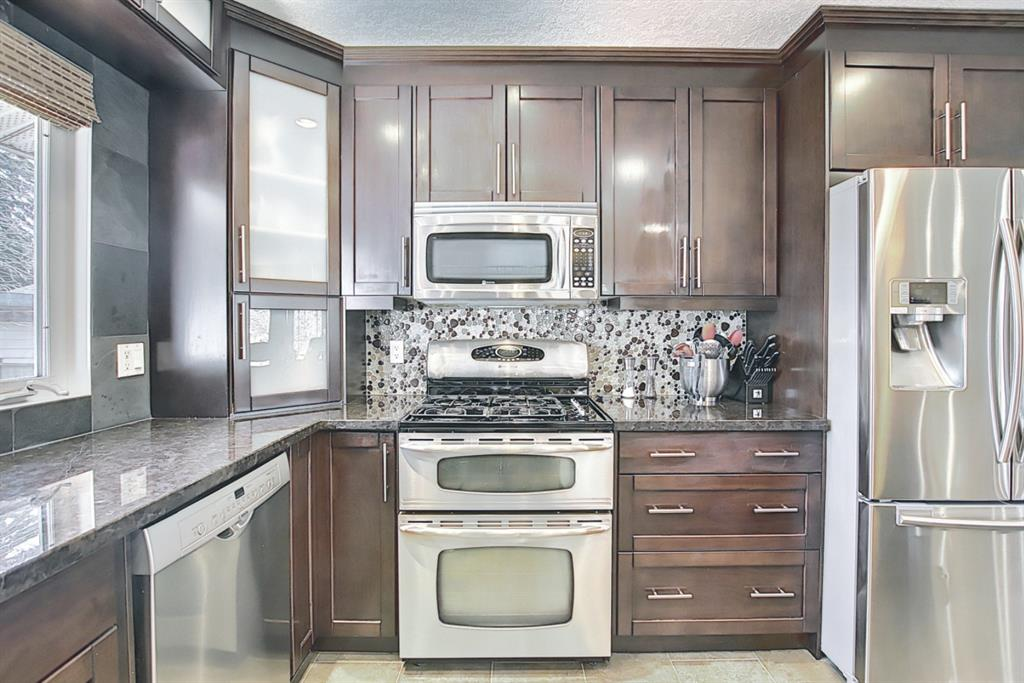 Listing A1091895 - Large Photo # 15