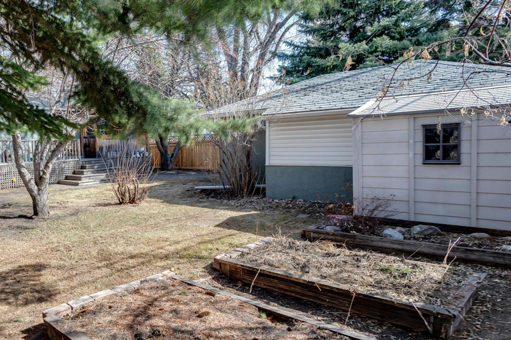 Listing A1091921 - Large Photo # 39