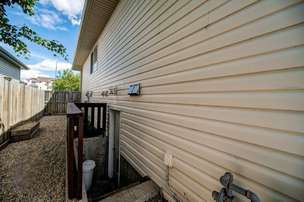 Listing A1092180 - Large Photo # 38