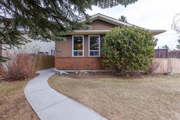 172 Berkshire Close NW, Calgary