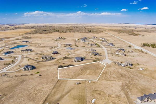 119 Brown Bear Point, Rural Rocky View County