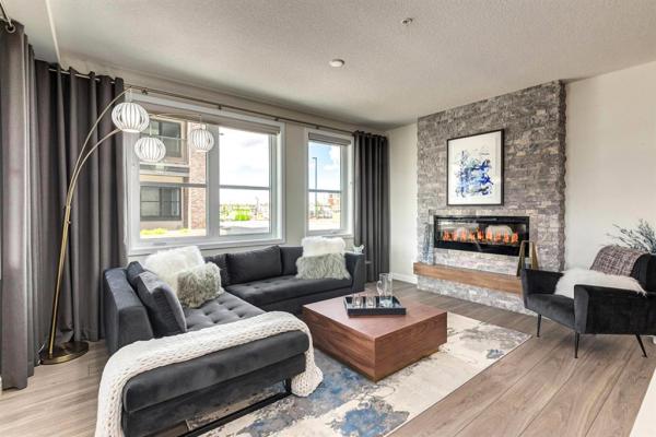 2027 81 Street SW, Calgary