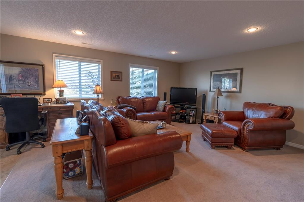 Listing A1094699 - Large Photo # 17