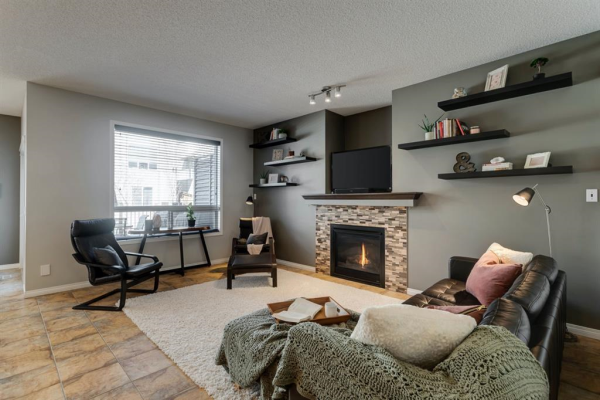1316 Kings Heights Road SE, Airdrie