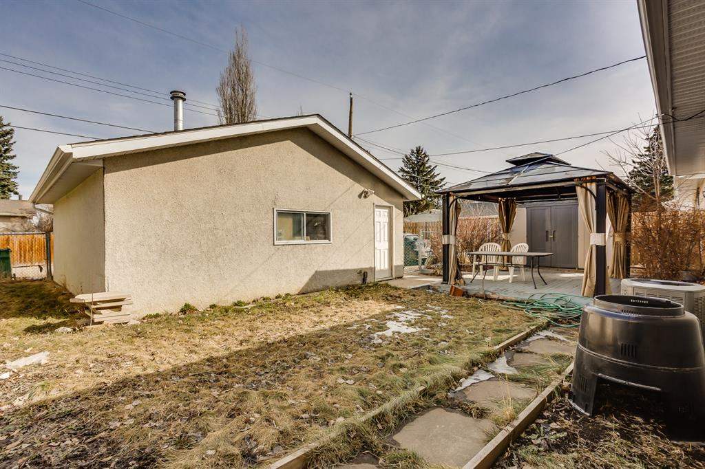 Listing A1097128 - Large Photo # 19