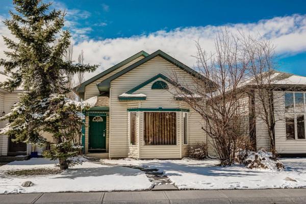 103 Covington Close NE, Calgary
