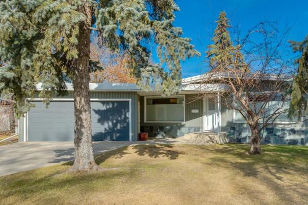 8224 Elbow Drive SW, Calgary