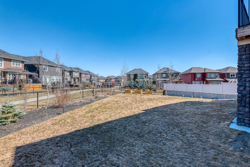 Listing A1098553 - Large Photo # 46
