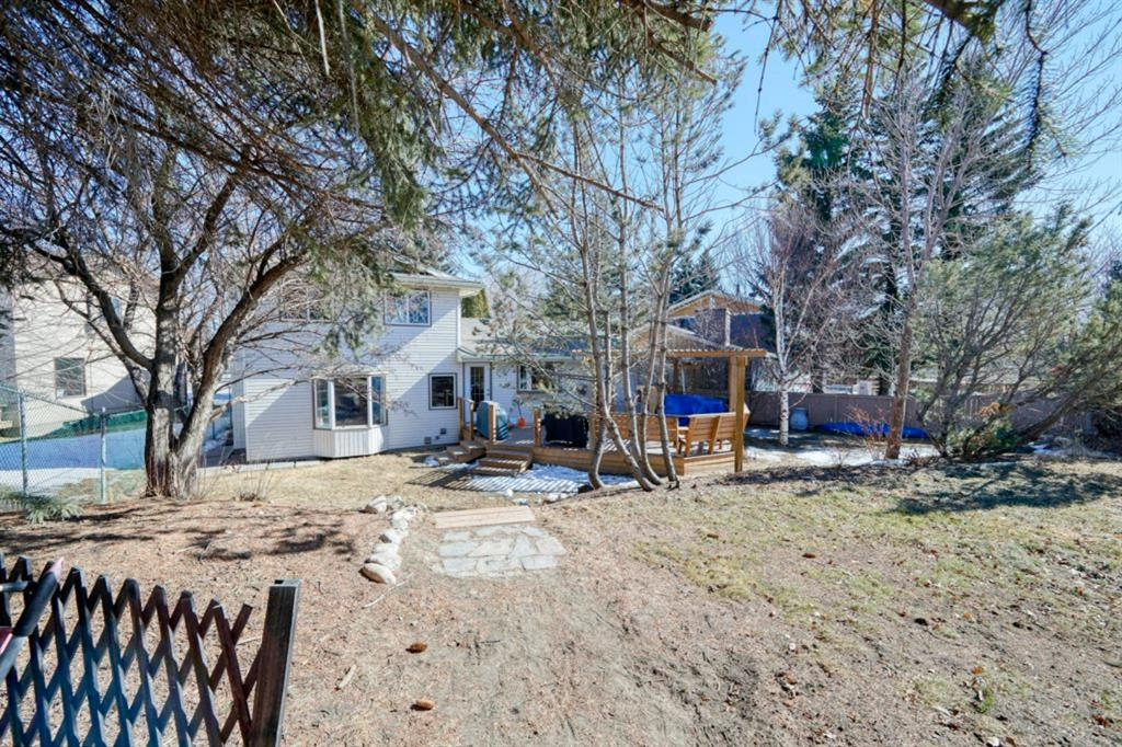 Listing A1098604 - Large Photo # 46
