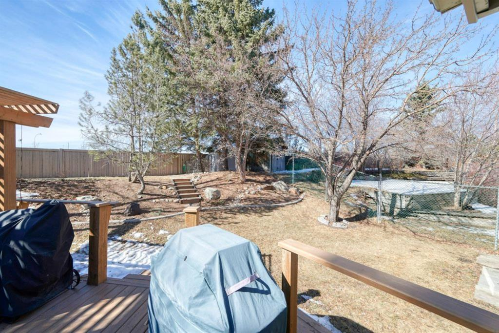 Listing A1098604 - Large Photo # 44