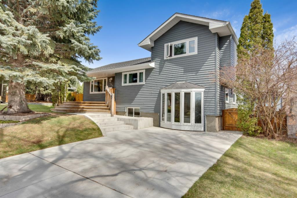 100 Coleridge Road NW, Calgary