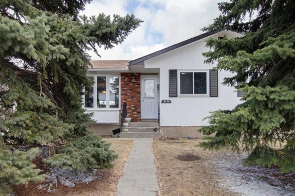 5238 Thomas Street NE, Calgary