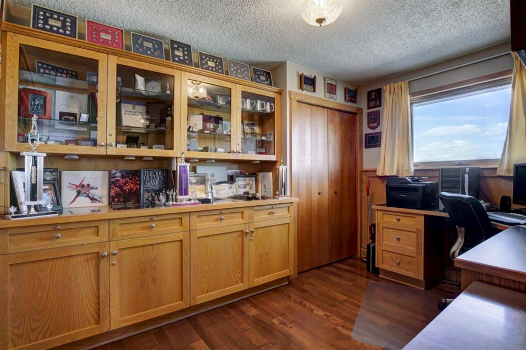 Listing A1100257 - Large Photo # 12