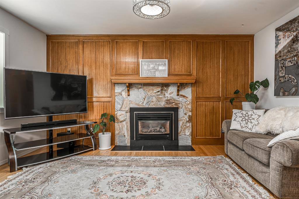 Listing A1100462 - Large Photo # 14
