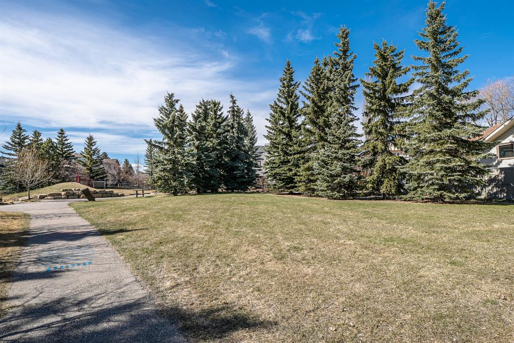 Listing A1100462 - Large Photo # 2