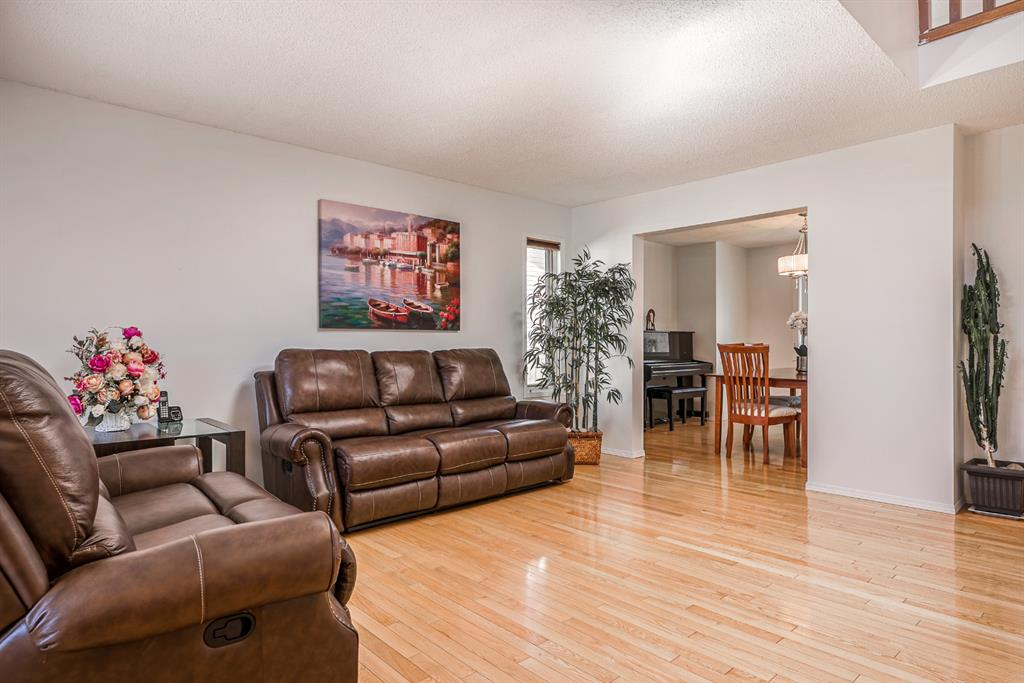 Listing A1100462 - Large Photo # 4
