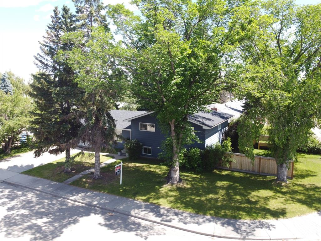 Listing A1100916 - Large Photo # 1