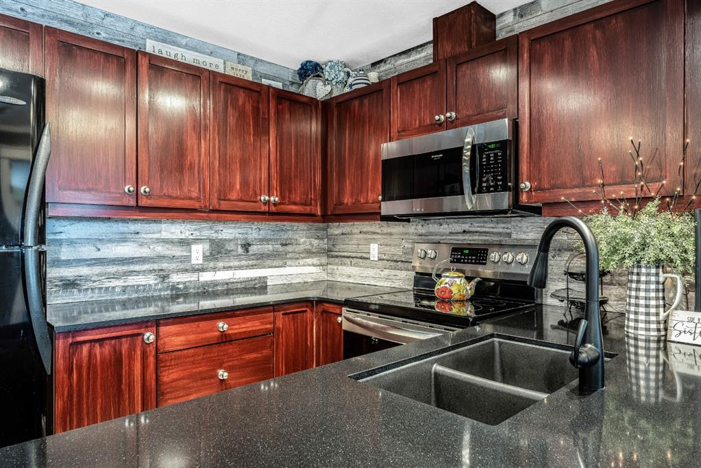 Listing A1101711 - Large Photo # 11